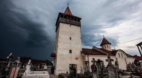 Cea mai veche biserică ortodoxă din Hunedoara e revendicată de greco – catolici