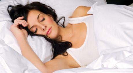 Un somn mai lung de nouă ore este periculos pentru sănătate
