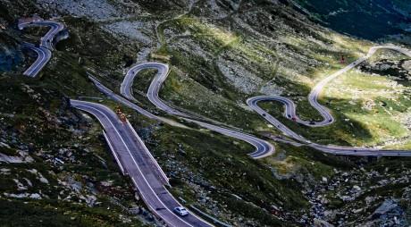 Traficul rutier pe Transfăgărășan a fost redeschis