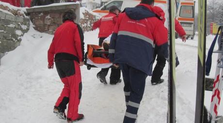 În prag de iarnă, salvamontiştii din Straja fără MOTORINĂ în rezervoare