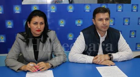 PNL Hunedoara oferă consultaţii OFTALMOLOGICE gratuite în 12 localităţi din judeţ