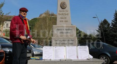 Monumentul ILEGAL din centrul Devei va fi DEMOLAT