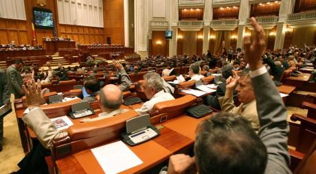 PRIMUL PAS | Parlamentul a respins Legea amnistiei și grațierii
