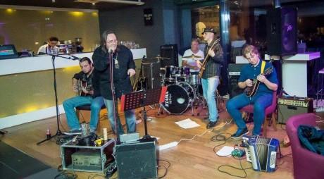 Mike Godoroja & Blue Spirit, în concert la Deva