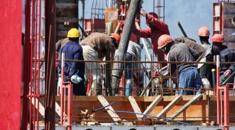 AICI, instrucțiunile pentru prima declarare a taxelor salariale din construcții