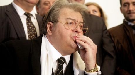 """Vadim Tudor, după ce a anunțat ca îl sprijină pe Ponta: """"Arestarea lui Hrebenciuc, o rușine"""""""