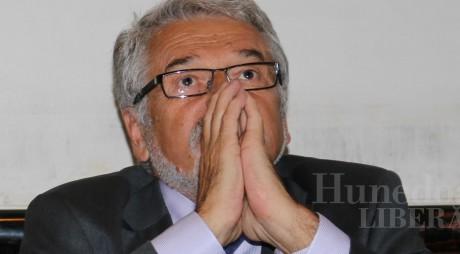 Judecătorii ar putea prelungi arestul la domiciliu pentru Mircea Moloţ