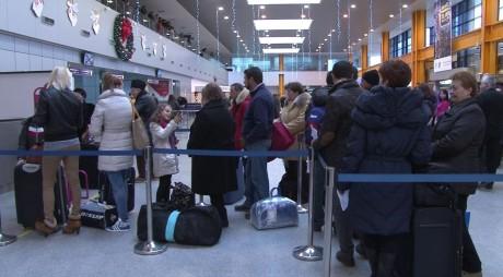 Preţurile biletelor de avion scad din ianuarie