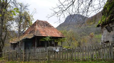 DEZASTRU DEMOGRAFIC în județul HUNEDOARA