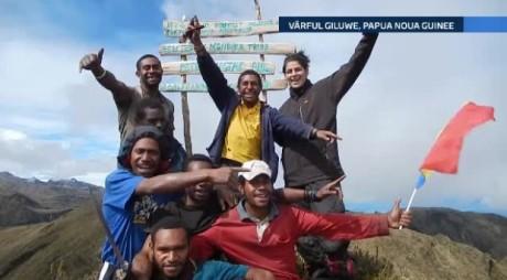 Alexandra, tânăra care a dus steagul României pe cei mai înalți vulcani din lume