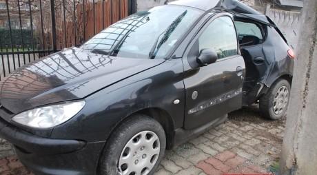 Hunedoreancă RĂNITĂ în ACCIDENT AUTO