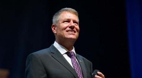 12.00 LIVE Ceremonia de învestire a lui Klaus Iohannis în funcţia de preşedinte al României