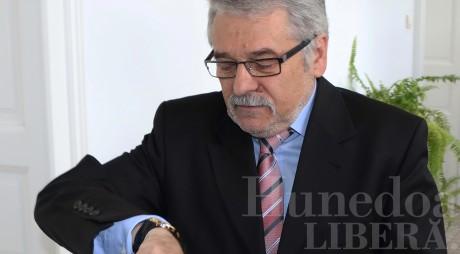 Mircea Moloţ A PRIMIT încă o lună de arest la domiciliu