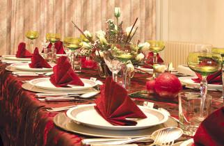Ce alimente trebuie să consumăm după mesele încărcate de Crăciun