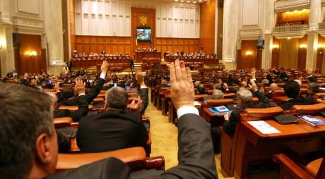 Începe ultima sesiune parlamentară din această legislatură!