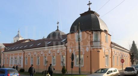 La două luni de la inaugurare, sediul Episcopiei a fost inundat