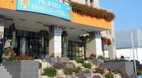 CONCURS | Post vacant de șef de birou la Primăria Hațeg