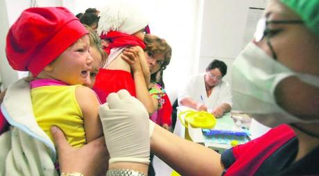 Valea Jiului. Mai mulţi copii INFECTAŢI cu hepatita A