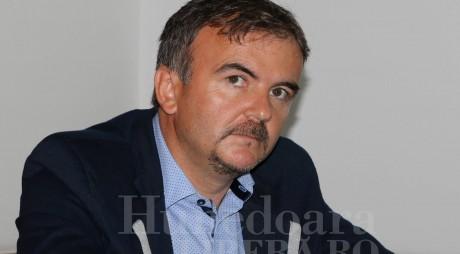 CCR: Sporuri nelegale acordate de Primăria Orăştie