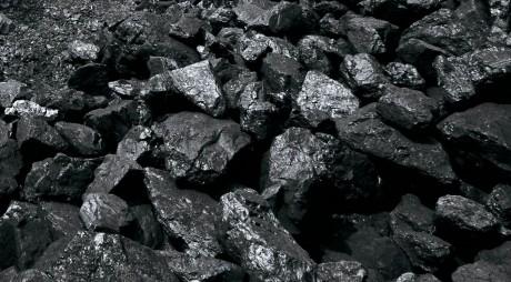 Producţia de cărbune în Valea Jiului, la un minim istoric de numai un sfert faţă de cantitatea de dinainte de pandemie