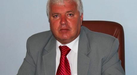 Primarul din Lupeni, Cornel Resmeriţă, a fost SĂLTAT de mascaţi