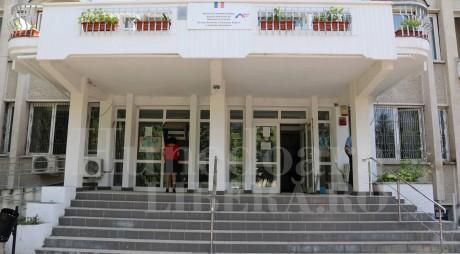 """Finanţele publice din 3 localităţi """"mutate"""" la Deva"""