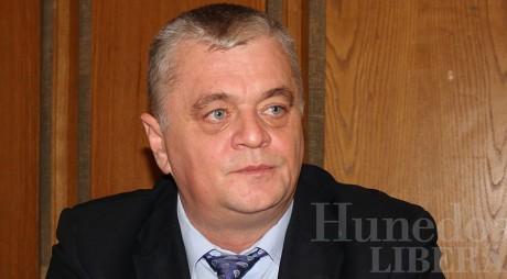 Suspiciuni de SABOTAJ în Consiliul Judeţean Hunedoara