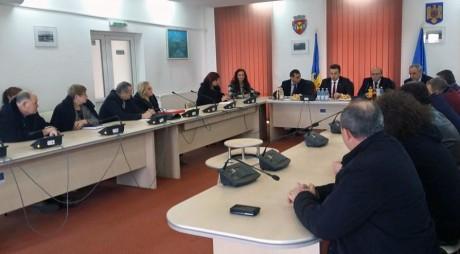 Sindicaliştii hunedoreni s-au întâlnit cu ministrul pentru dialog social