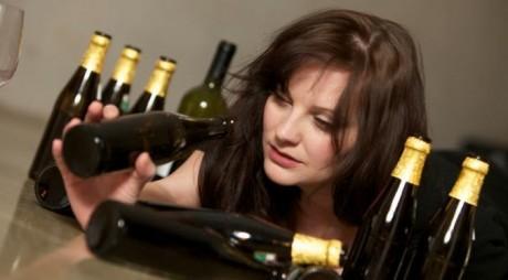 A BĂUT 40 de doze de bere pe zi, ani la rând! Cum arată femeia acum – FOTO