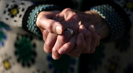 O femeie de 71 de ani, victima unui viol în comuna Șoimuș
