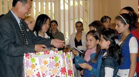 La Hunedoara se inaugurează Clasa Confucius