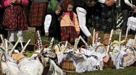 OBICEIURI DE PAŞTE. Ce trebuie să faci în prima zi de Paşte ca să îţi meargă bine tot anul