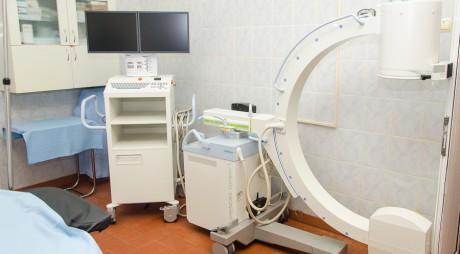 Aparat nou pentru Secţia de Ortopedie de la Deva