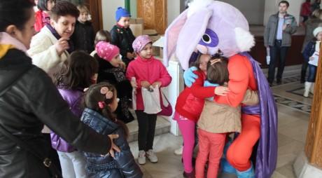 De ce a venit Iepuraşul mai repede la Hunedoara