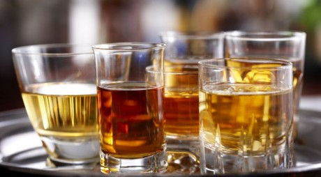 Află cât ALCOOL poţi consuma dacă eşti şofer