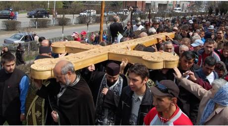 Vinerea Mare | Drumul Crucii reeditat la Lupeni