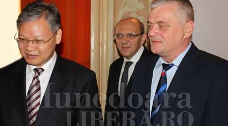 Întâlnire la nivel înalt cu Ambasadorul Republicii Populare Chineze