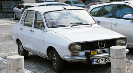 Maşină furată în centrul Sibiului. Printre inculpaţi, un hunedorean