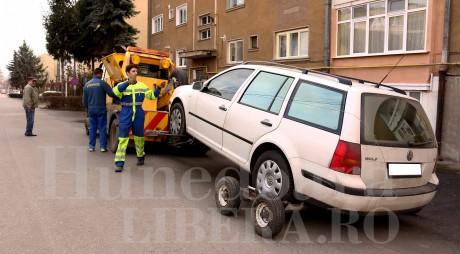 Decizie istorică: Maşinile parcate ilegal NU MAI POT FI RIDICATE