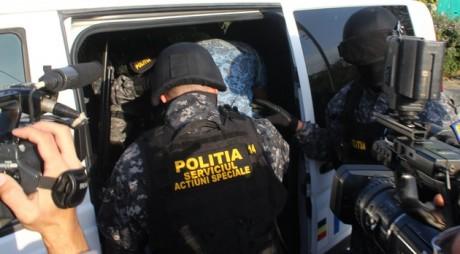 Reţea de trafic de droguri, destructurată cu sprijnul poliţiştilor BCCO Alba Iulia