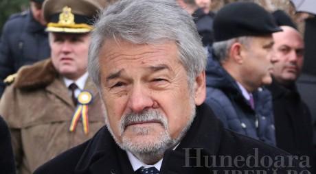 MOLOŢ îşi revendică mandatul de preşedinte al CJ Hunedoara