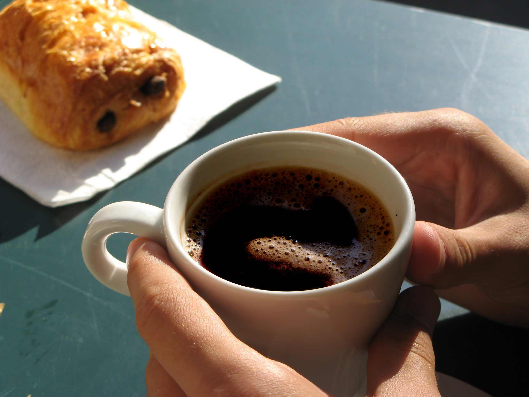 cafeaua cauzeaza acnee