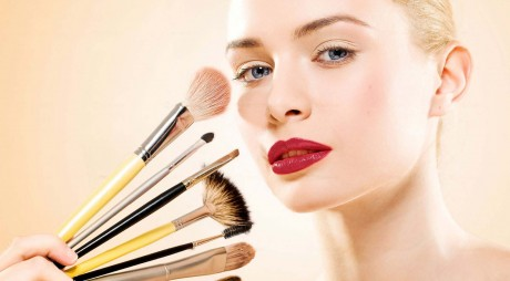 Businessul online cu produse cosmetice ajunge la 30-35.000 euro pe lună