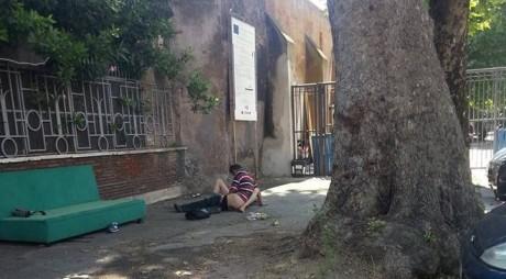 Un român a scandalizat Italia. A făcut sex în public, într-o piaţă