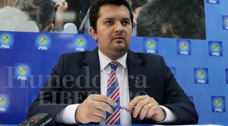 """Bogdan Țîmpău (PNL): """"E greu să împingi bolovanul în sus, pe deal!"""""""