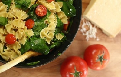 3 alimente nocive pe care LE POȚI CONSUMA cu o DIETĂ ECHILIBRATĂ