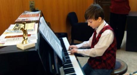 Despăgubire de 1 milion de euro pentru un copil din Petroșani