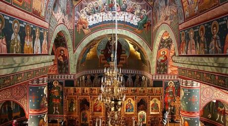 Creştin-ortodocşii sărbătoresc, astăzi, mari sfinţi