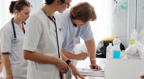 Spitalul din Petroșani angajează 11 asistenți medicali