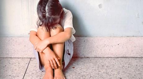Tânăr de 21 de ani acuzat de INCEST, VIOL și PORNOGRAFIE